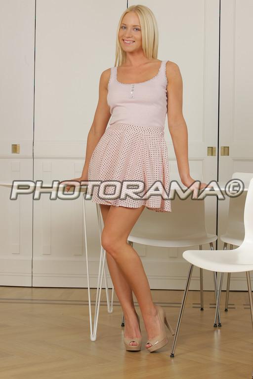 Sarah buxton nude