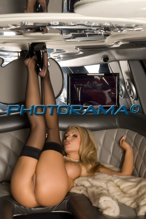 рот частенько шикарная блондинка отсосала в лимузине подумать